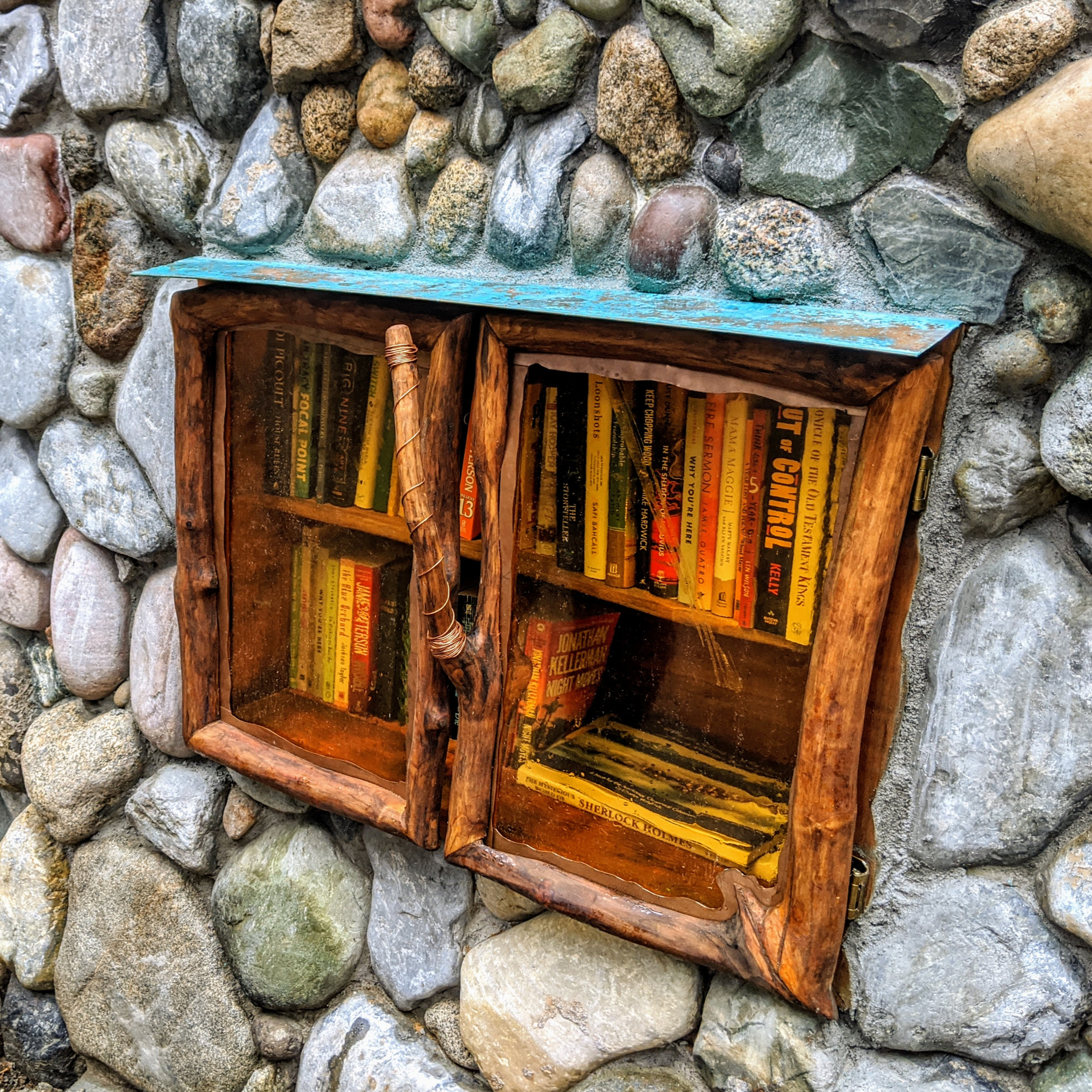 More Confessions Of A Bibliophile: Are You A Vandal?