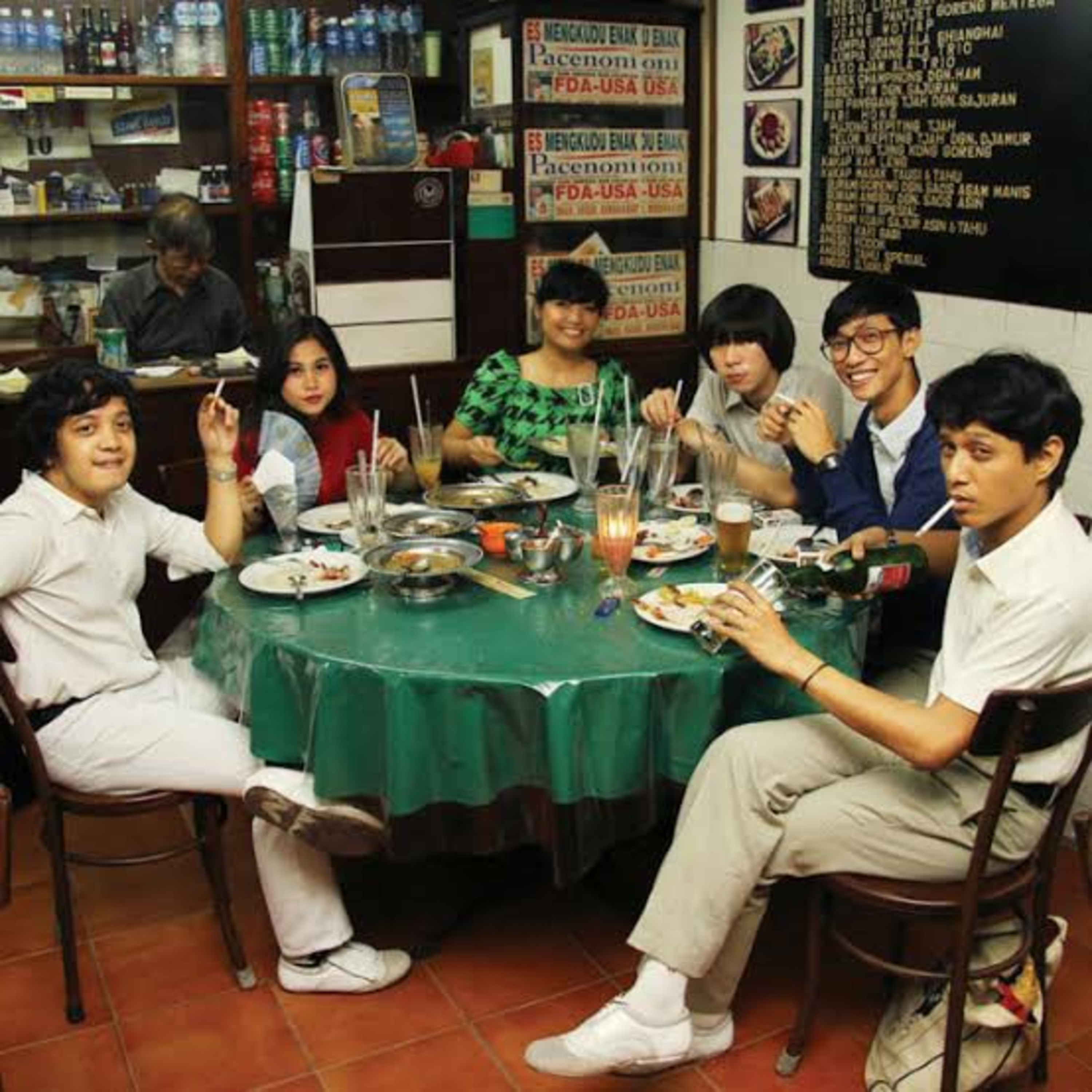 Eps 2 - Interview White Shoes & the Couples Company : Kultur Musik Southeast Asia & Gank Promotor Musik