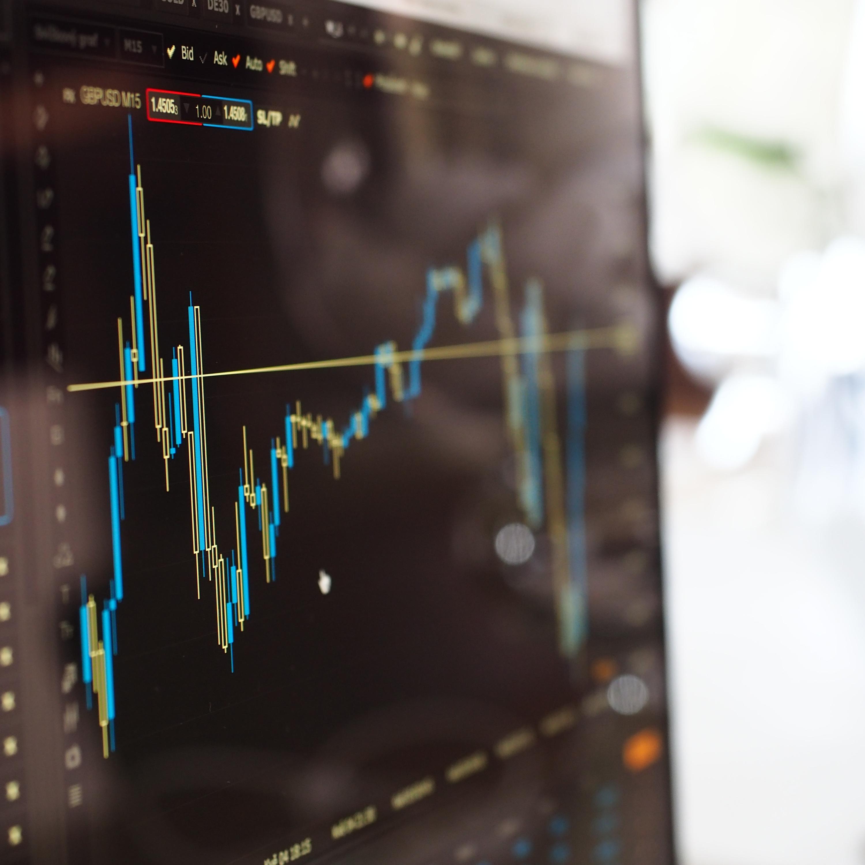 Bolsa de Valores operando em queda de 0,99% nesta terça-feira (22)