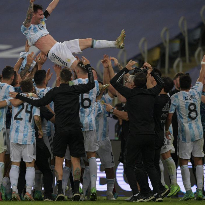 Argentina triunfa na Copa América; Itália leva a Euro em final emocionante