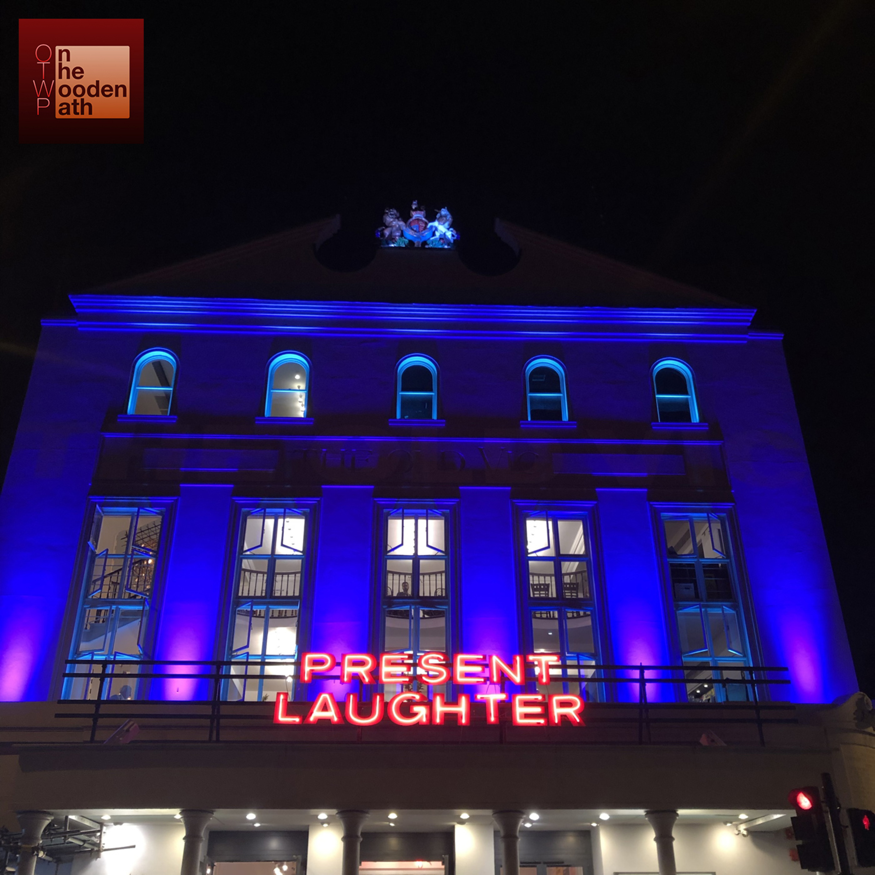 S01E45 - PRESENT LAUGHTER (2019) at The Old Vic - London