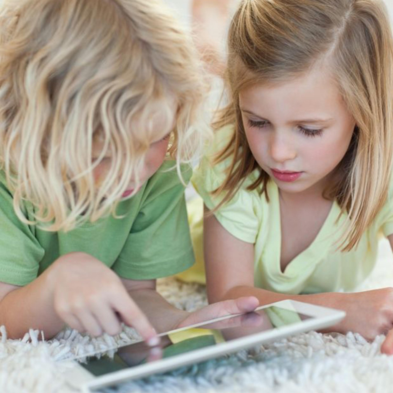 Crianças e o mundo electrónico: quando se deve iniciar?