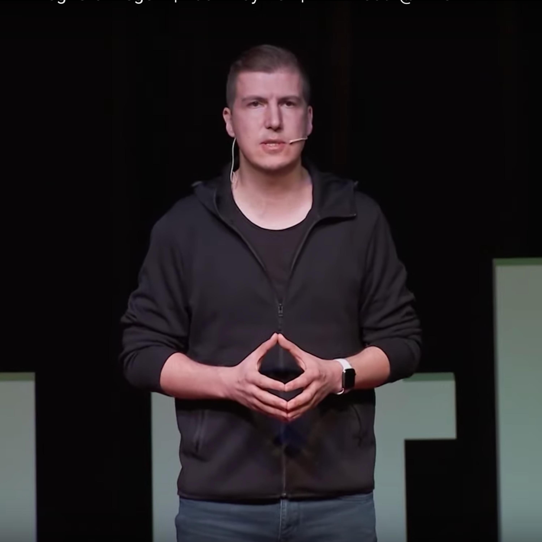 Cansızların Emeği, Bir Canlının Emeği Gibi Değerli | Kadir Köymen | TEDxYouth@MES