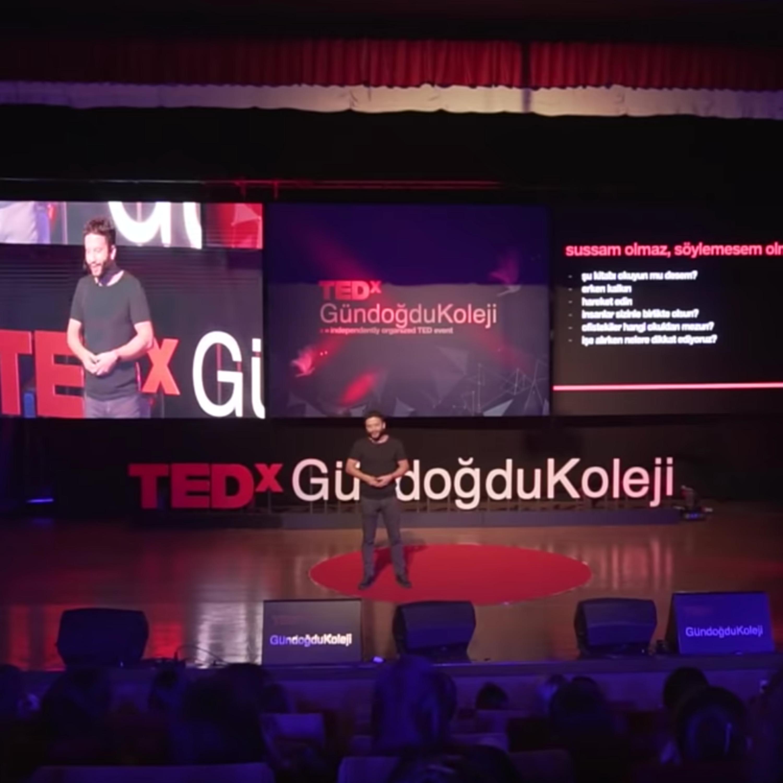 Nasıl Değiştim? | HAKKI ALKAN | TEDxGündoğduKoleji