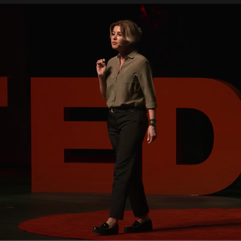 Toprağa Kök Salmak İstedim | Gülben Ergen | TEDxIstanbul