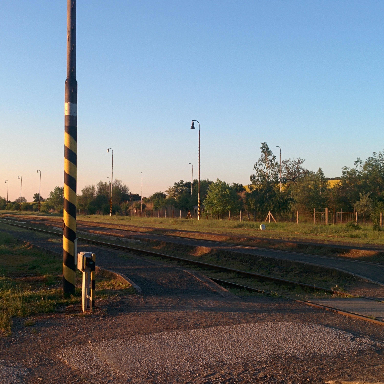 Ráno na železničnej stanici v Zbehoch