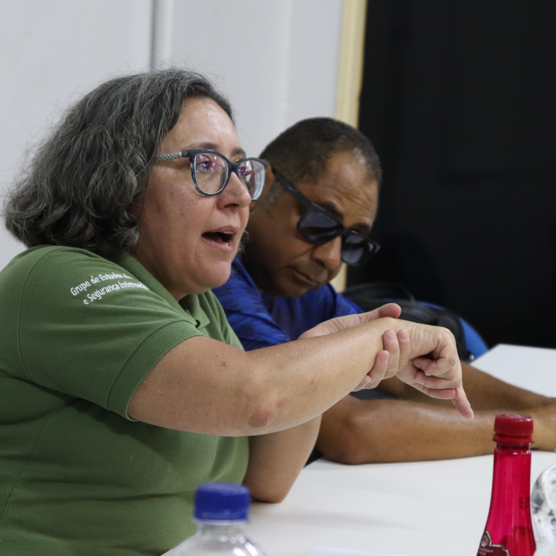 Mesa redonda na UFS discute construção dos papéis de gênero nas corporações militares