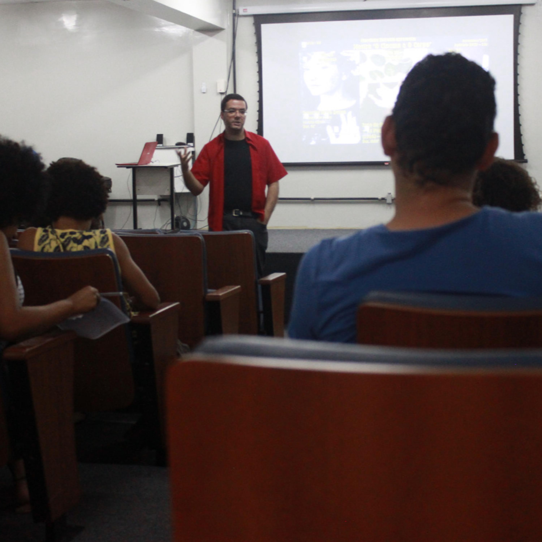 Projeto de extensão da UFS incentiva clubes de cinema e literatura na universidade