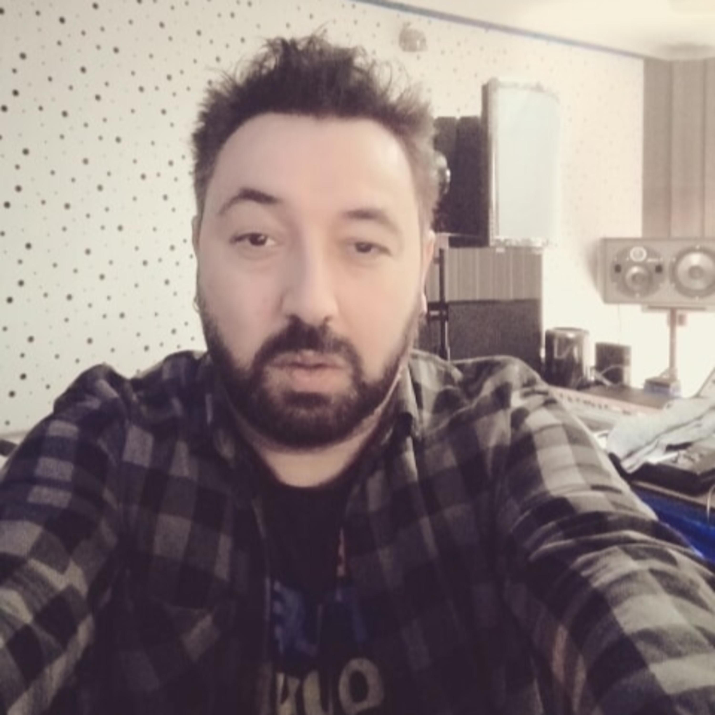 Entrevista com Paulecas, da banda de rock, portuguesa, Os Sebenta