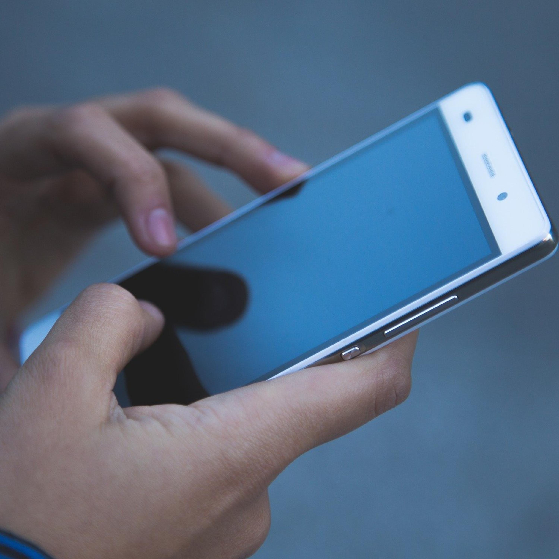 Saiba o que fazer com seu celular antes de vendê-lo