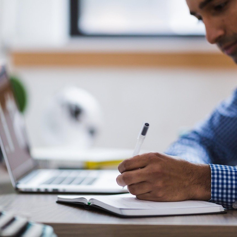 No isolamento, aprenda a controlar seu tempo de navegação online