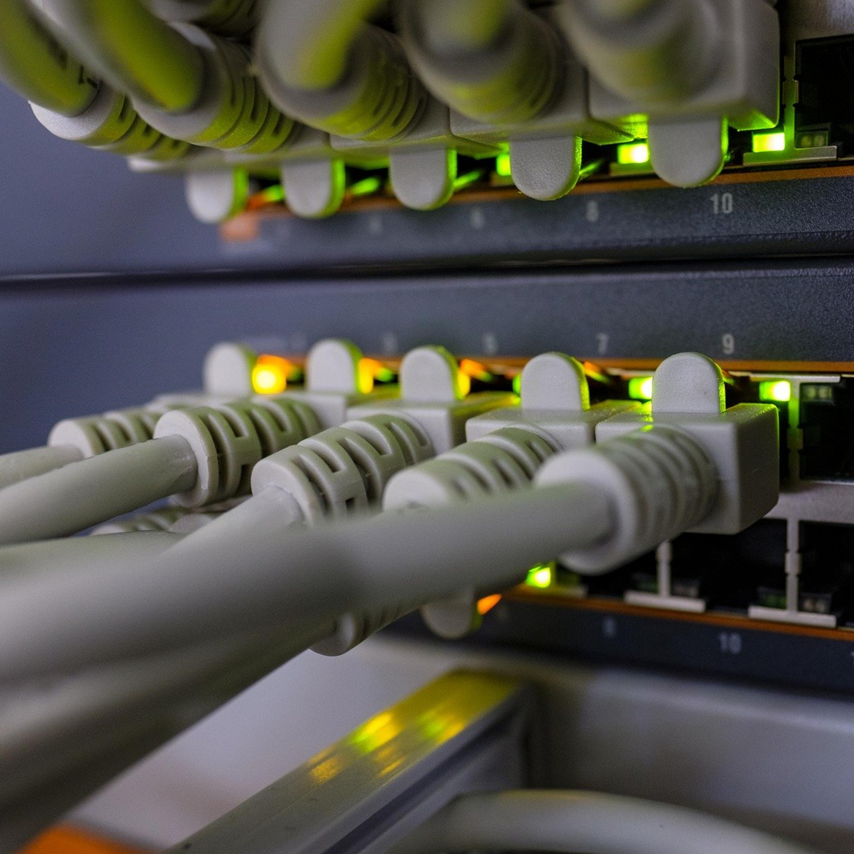 Compartilha a internet com o vizinho? Entenda os riscos desta medida