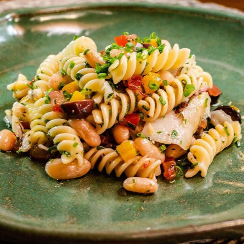Salada de Fusili com Atum e Feijão Branco