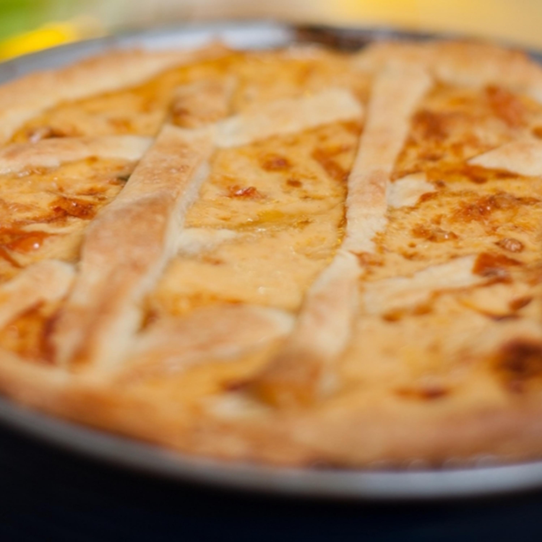 Saiba como preparar uma deliciosa Torta Caipira de Calabresa
