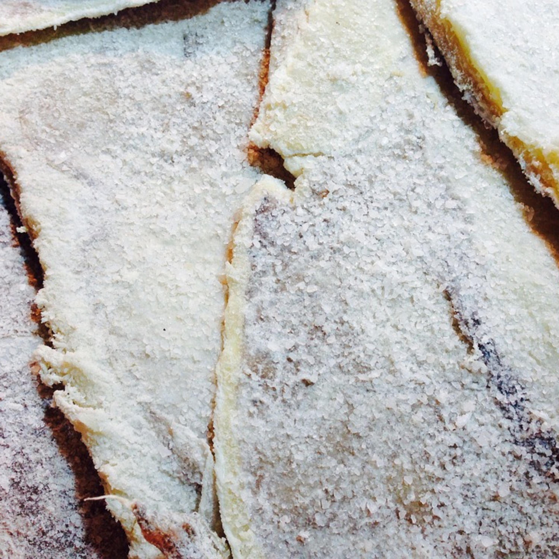 Dica do Chef: bacalhau assado com crosta de parmesão e batatas