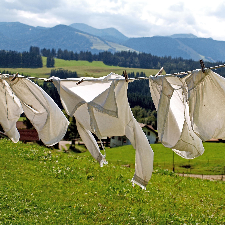 As dicas de Lucy Mizael para livrar as roupas do mofo
