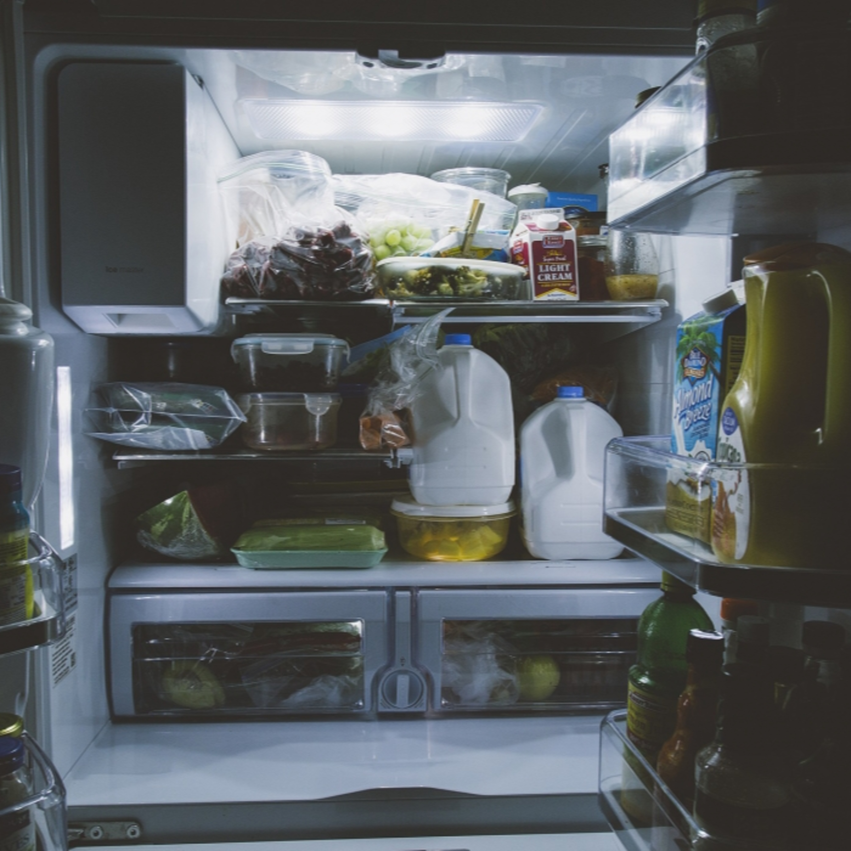 Saiba como organizar a geladeira e manter a conservação dos alimentos