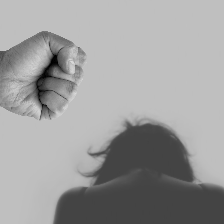 Sancionada lei que tipifica crime de violência psicológica contra a mulher