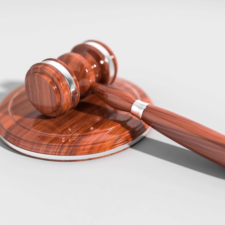 Em determinações conflitantes, qual decreto deve prevalecer?