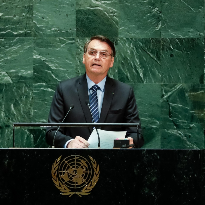 Afinal, a democracia brasileira corre riscos?