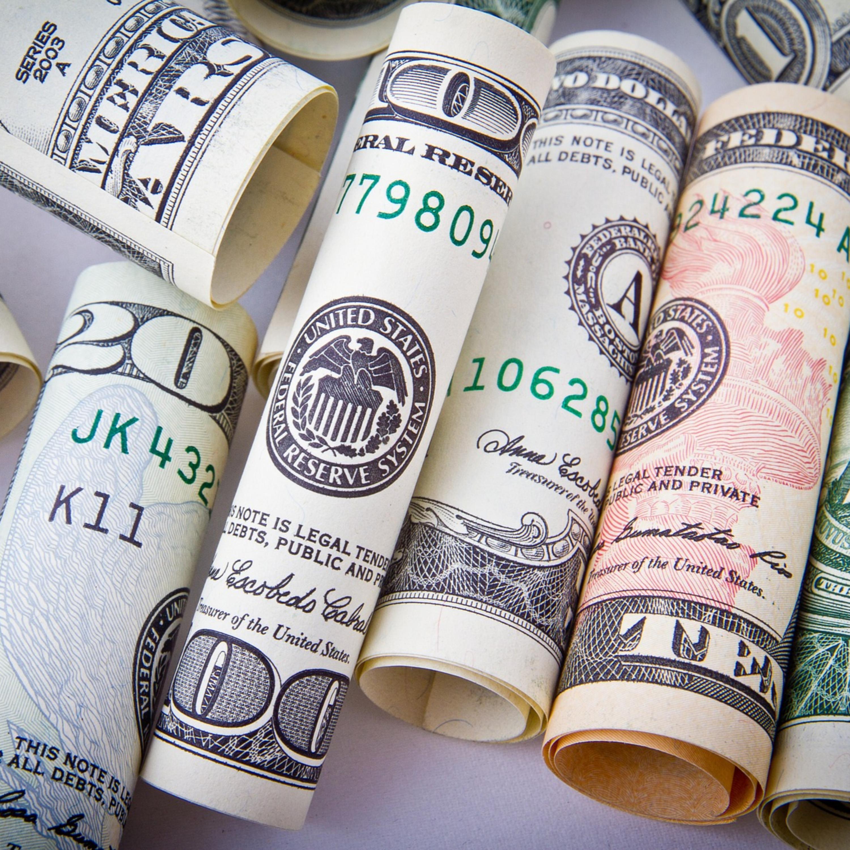 Vai pesar no bolso? Alta do dólar pode comprometer viajante brasileiro