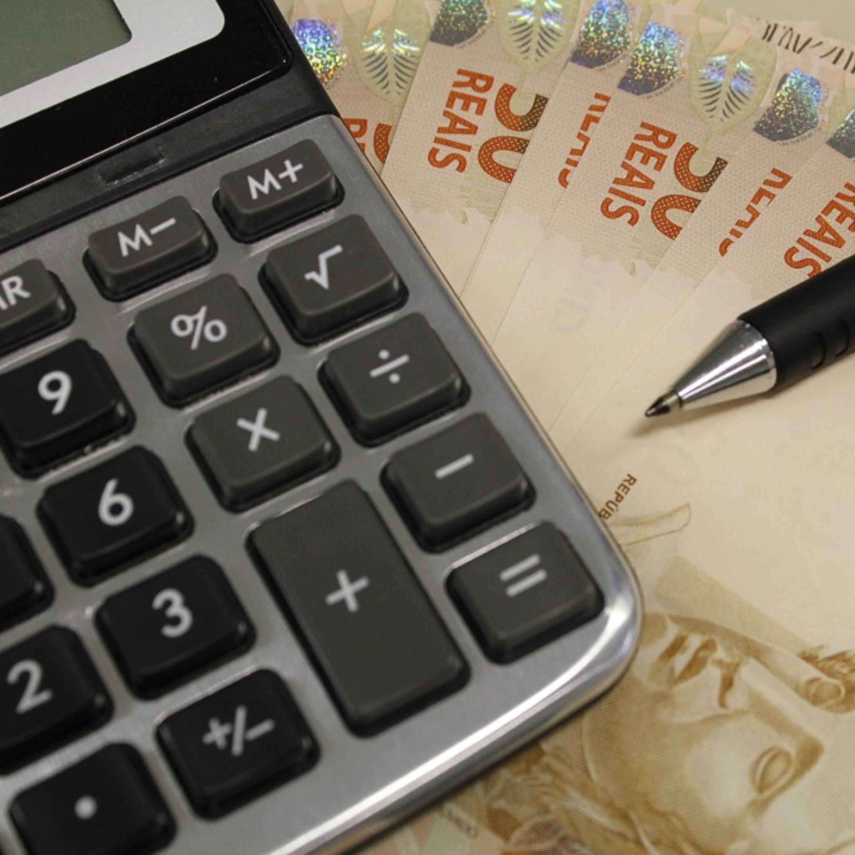 Falta dinheiro e sobra estresse: como dividir as contas de casa?