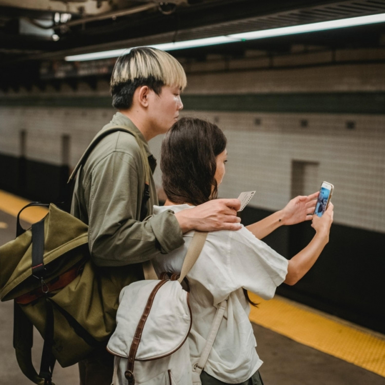 Casais felizes postam mais nas redes sociais? Entenda essa relação