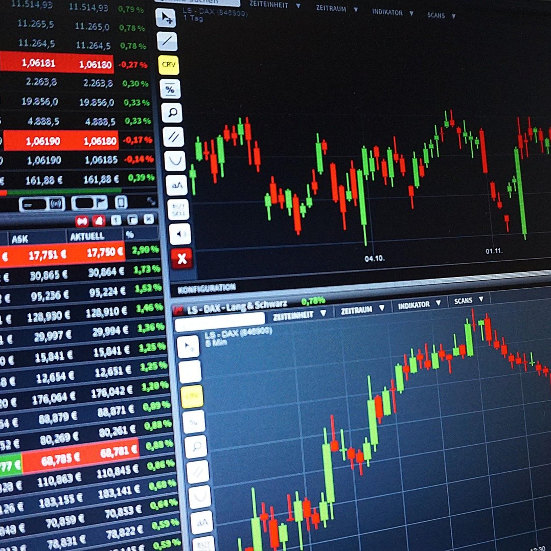 Bolsa reduz tarifas no mercado de ações para atrair pequeno investidor