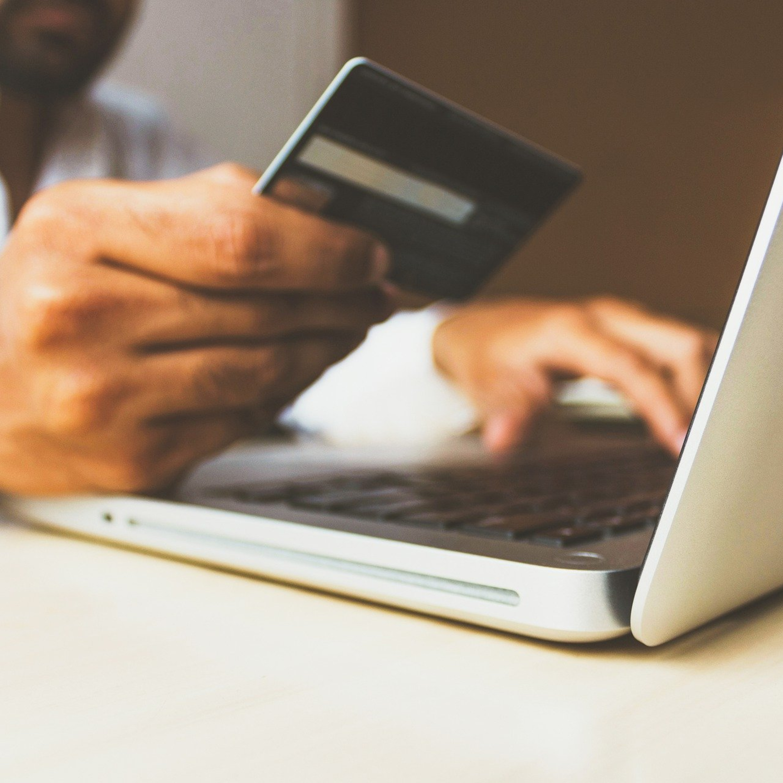 Compras online: o que fazer se prazo de entrega não for respeitado
