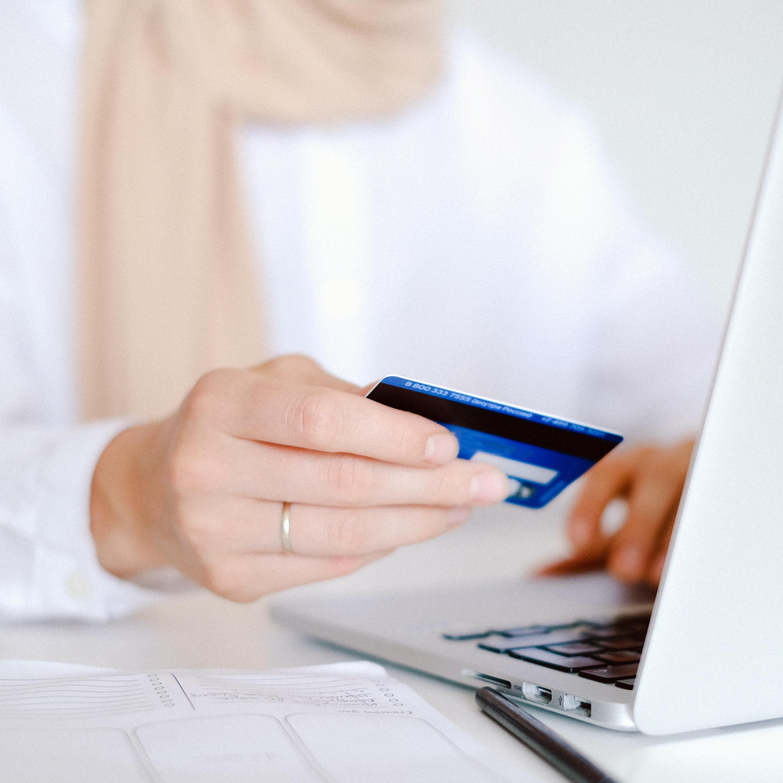 Sites estrangeiros: o que fazer em caso de não entrega do produto ou demora?