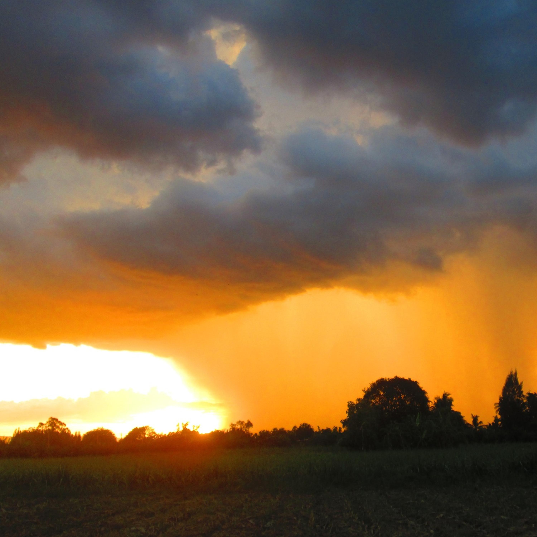 Do calorão às fortes chuvas: entenda os extremos climáticos no ES