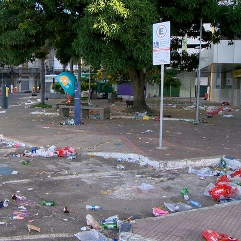 Confira alerta sobre acúmulo de lixo pós-carnaval e risco de dengue