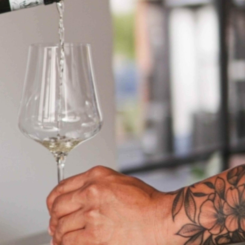 Como harmonizar vinhos com torta capixaba e chocolates