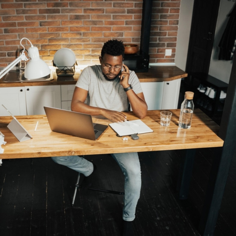 Novas modalidades de trabalho: intermediação via plataformas digitais