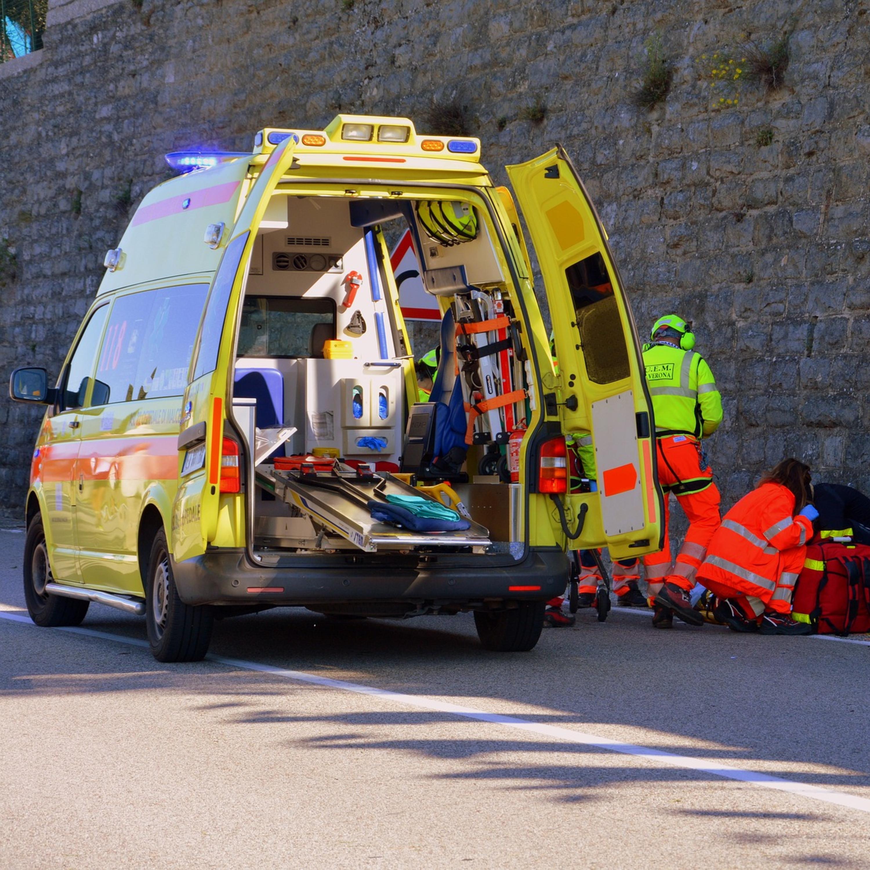 Conheça as regras para circulação de veículos de emergência