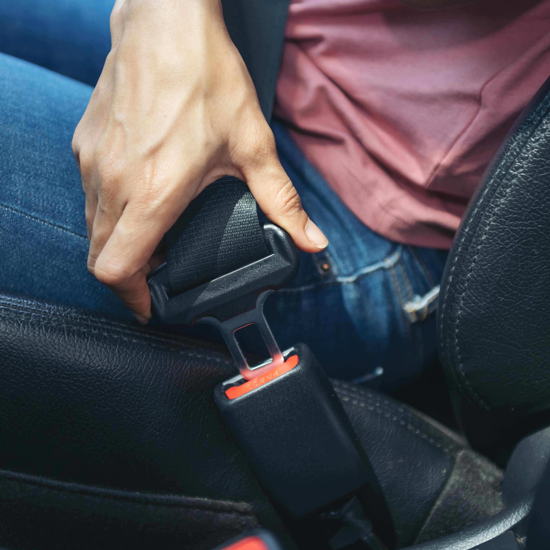 Uso do cinto de segurança é ainda muito negligenciado no banco traseiro