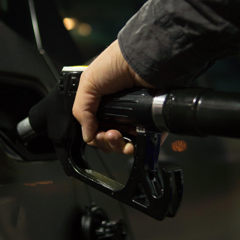 Gasolina ou etanol? Confira dicas sobre como escolher o melhor.