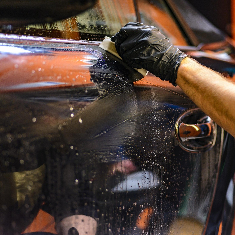 Em tempos de coronavírus, motoristas investem na higienização do carro