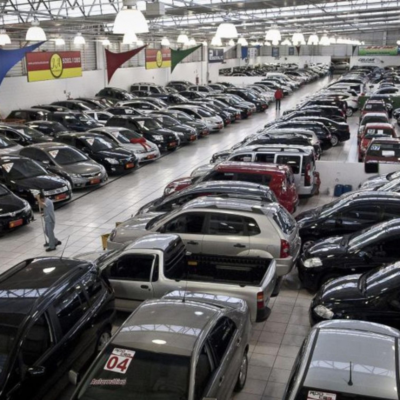 Comprar carro com mais de 10 anos de uso é bom negócio?