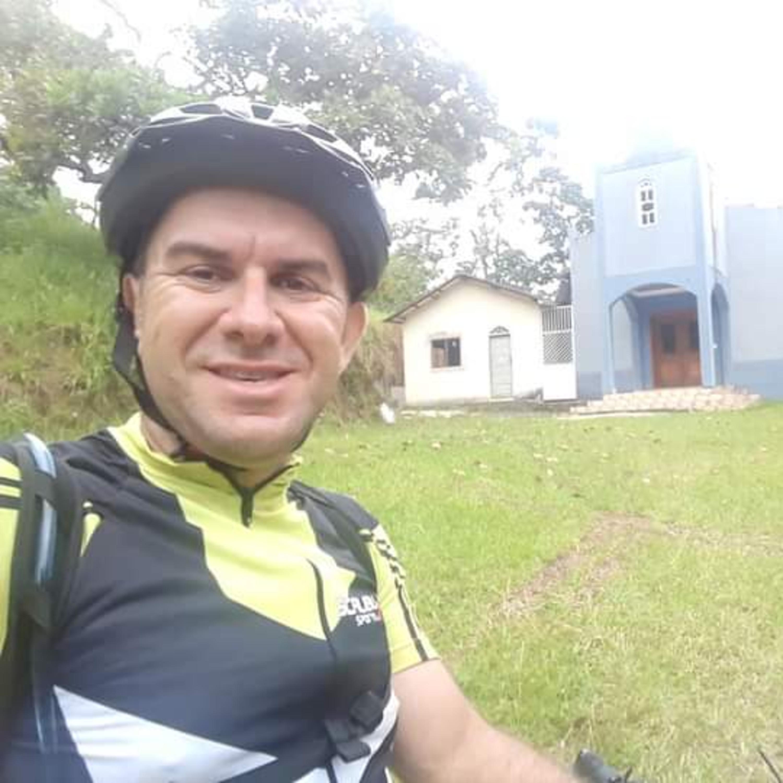 Padre atleta promove pedal solidário de 250km para arrecadar doações