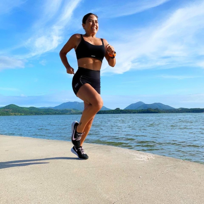 Carioca deixa vida sedentária e se torna embaixadora de maratona