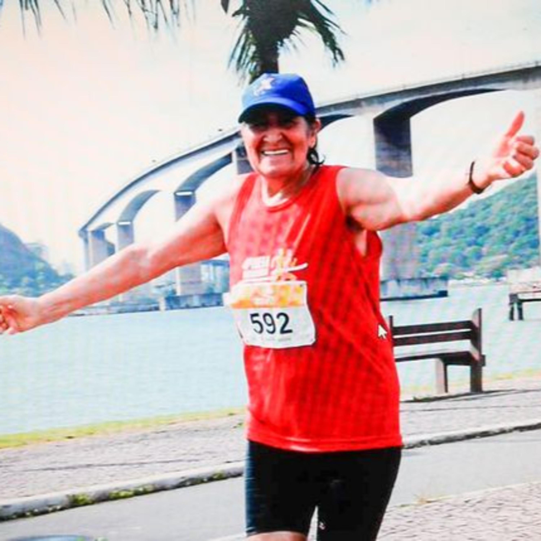 Não tem idade para o esporte: capixaba de 76 anos corre diariamente e já conquistou mais de 90 medalhas