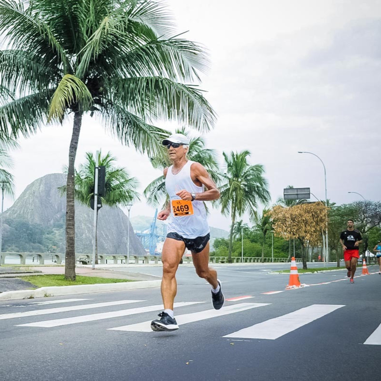 Capixaba vai correr 2.500km e completar trajeto que passa pelos 78 municípios do ES