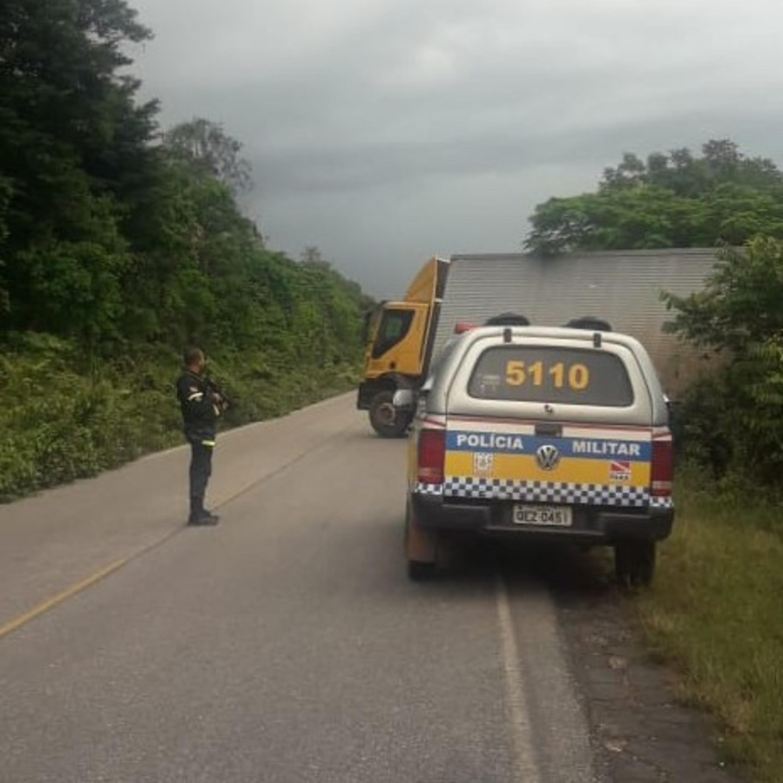 caminhão dos Correios é tomado de assalto na pa 151 polícias batalhão rodoviário recuperam a carga.