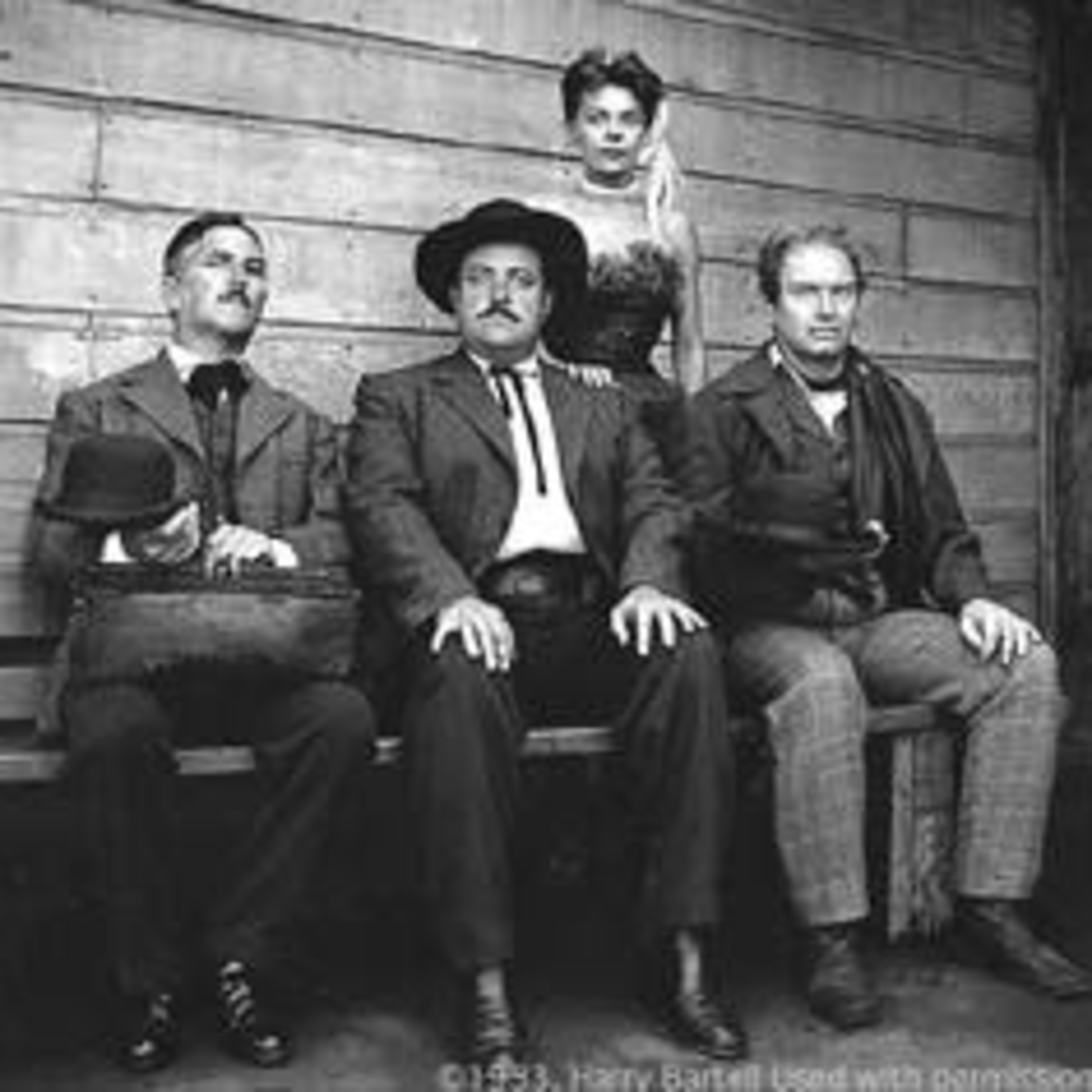 The Gunsmoke Podcast - Bone Hunters - Magnus - Radio's Last Great Dramatic Series - Episodes 139 and 140