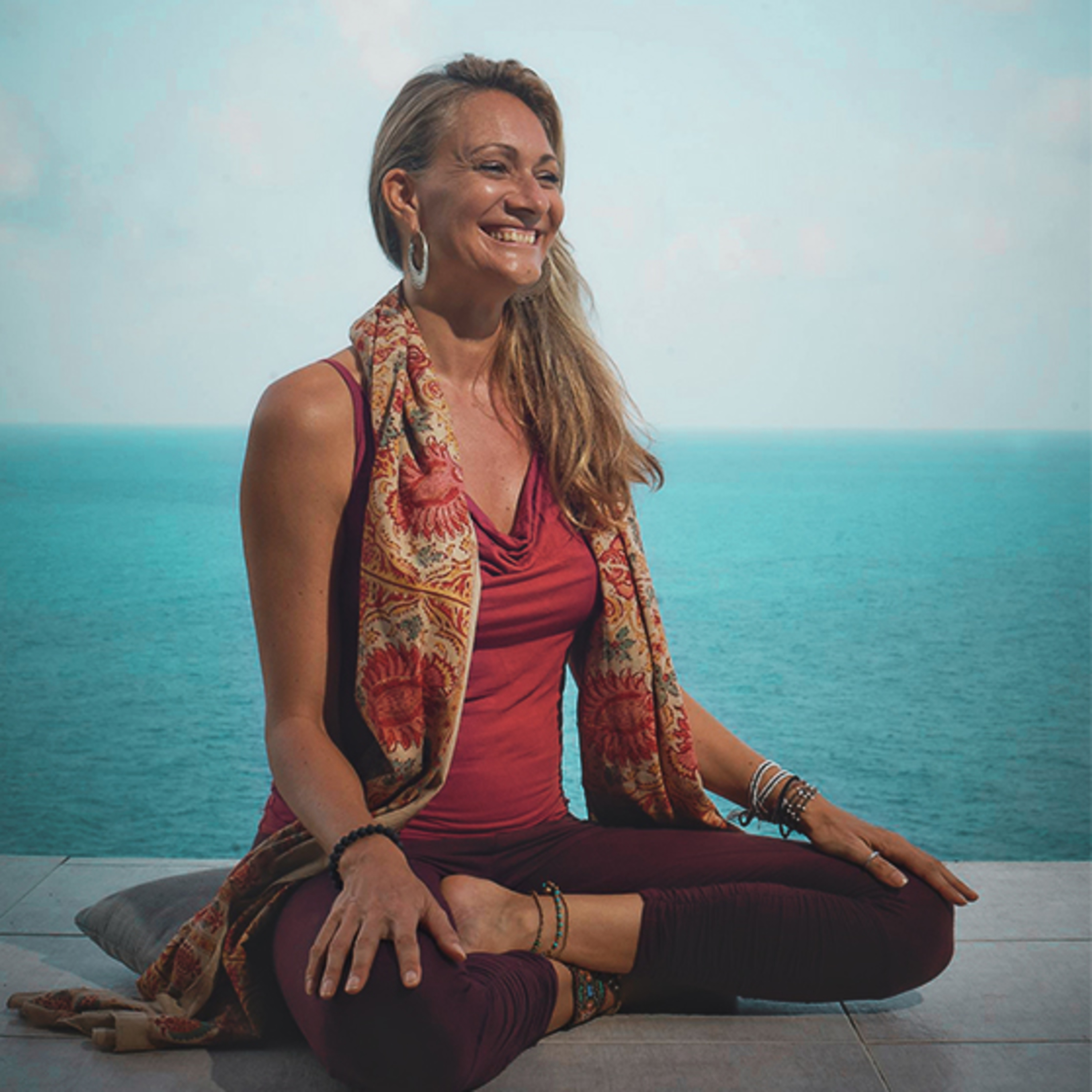 🎧Yoga Nidra, Ayahuasca & The Changing Landscape of the Yoga World - Interview with Simone Mackay