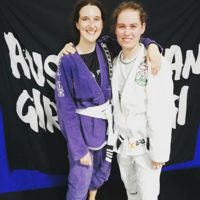 #017 Girls in Gis w/ Emma Gibson & Phoebe Lawrie