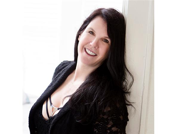 Last First Date Radio - #295: Love and Laughter: Sexy Fun for Everyone with author Beth Liebling