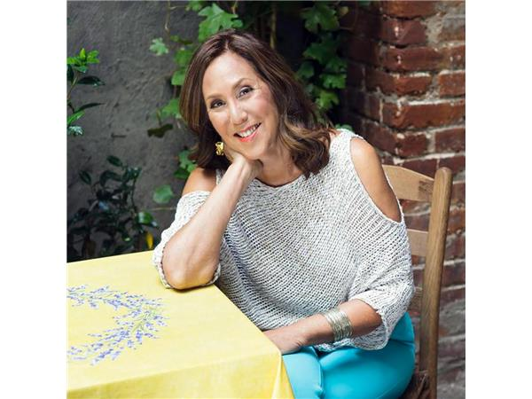 Last First Date Radio - #327: Barbara Biziou Shares the REAL Keys to Finding Love After 40