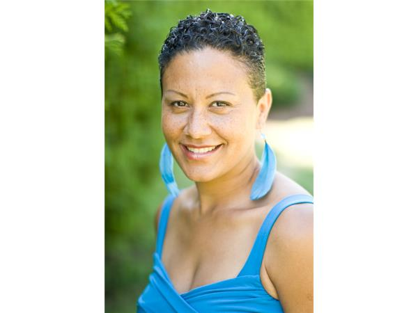 Last First Date Radio - Peak Radiance For Successful Women with Suzanne Raja